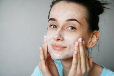 ¿El suero de leche es bueno para la piel?