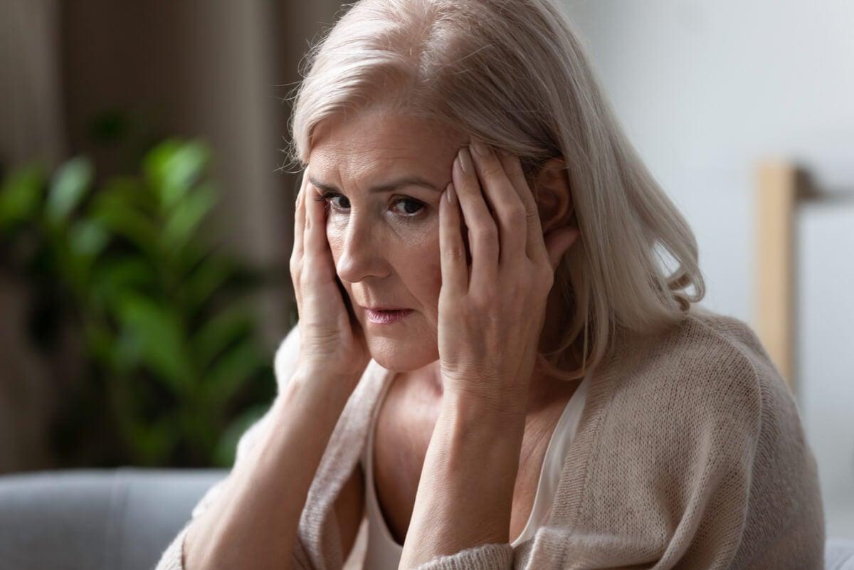 Mujer con pérdida de memoria
