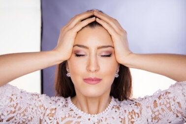Yoga facial: la nueva tendencia para verse más joven