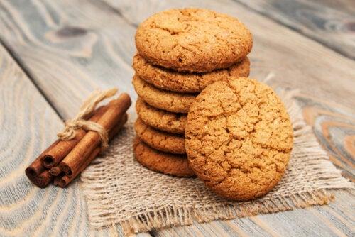 Receta sencilla de galletas de canela