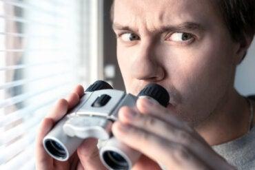 ¿Qué es la esquizofrenia paranoide? Síntomas y causas