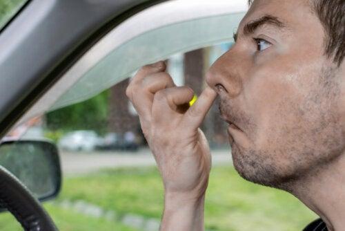 Mucofagia: ¿comer mocos es un hábito peligroso?