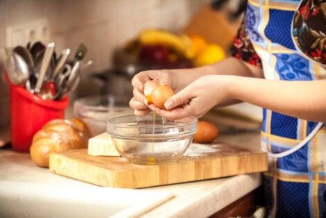 Huevos veganos en la cocina.