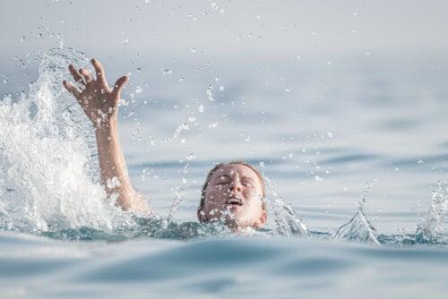 Talasofobia o miedo al océano: causas y cómo superarlo