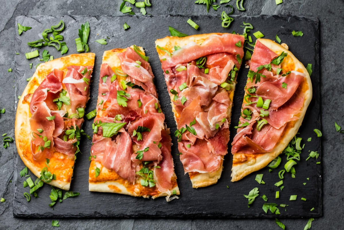 Receta saludable de pizza ibérica.