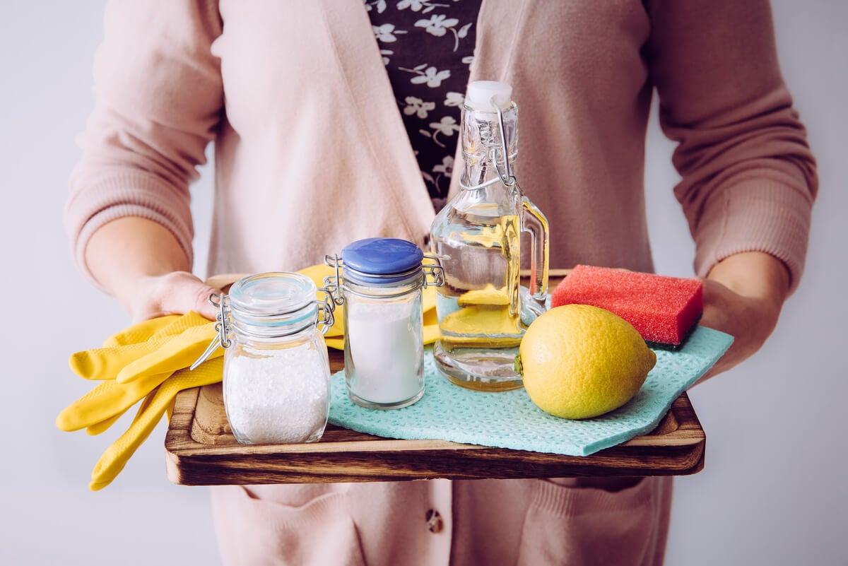 Productos de limpieza natural.