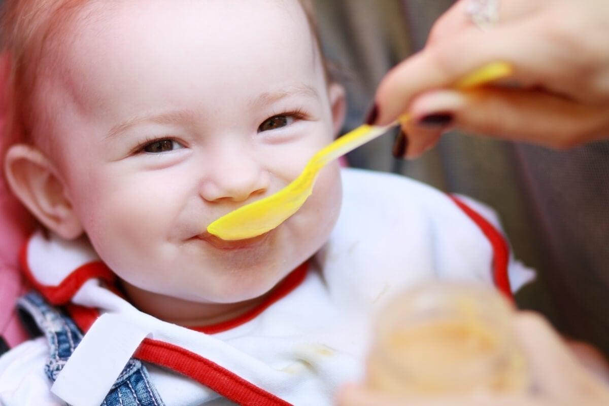 5 señales de que tu bebé podría tener hambre.