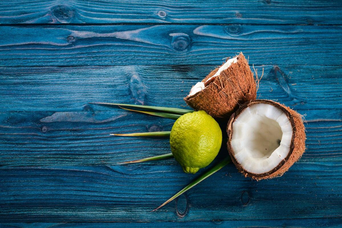 Limón y coco