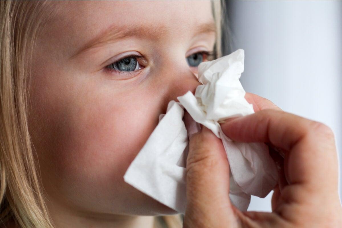 Mocos en un bebé con resfrío.