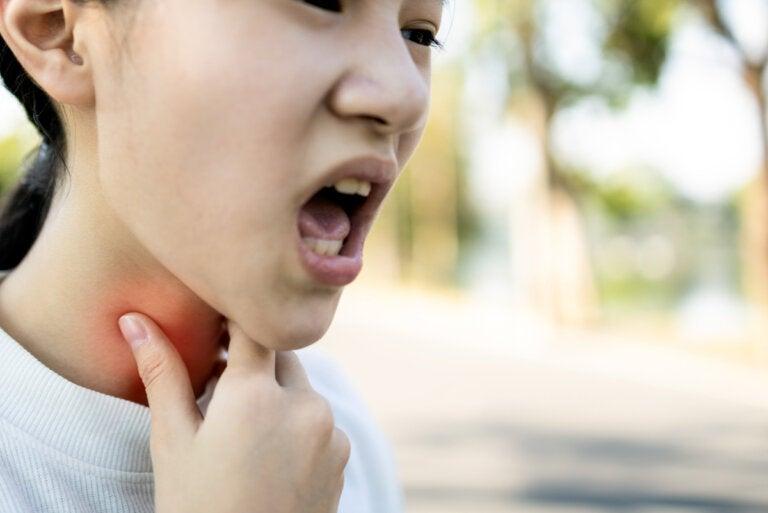 ¿Qué es la epiglotitis y cómo ocurre?
