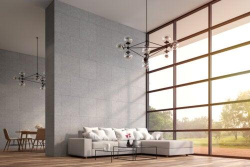 Vivir en una casa con techo alto: ventajas y desventajas