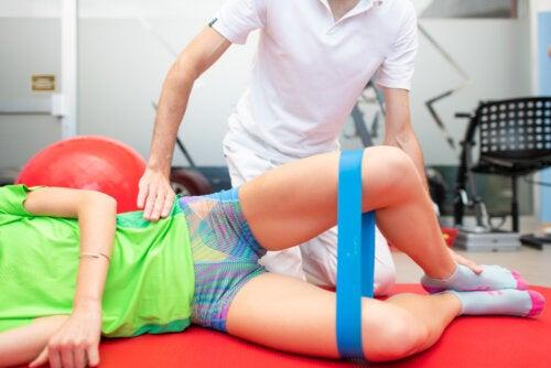 Cuál es el ejercicio de la almeja y cómo añadirlo a tu rutina