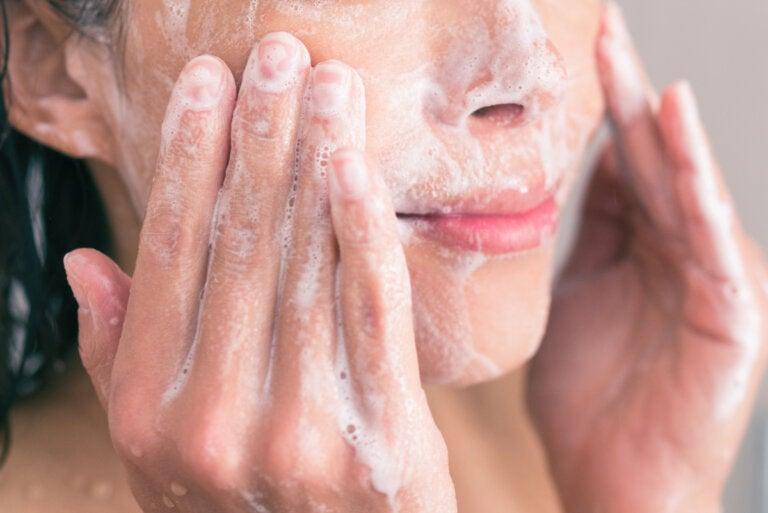 Consejos para limpiar el rostro según el tipo de piel