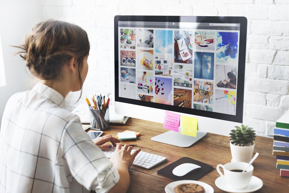 Organizar tus fotos en un ordenador.