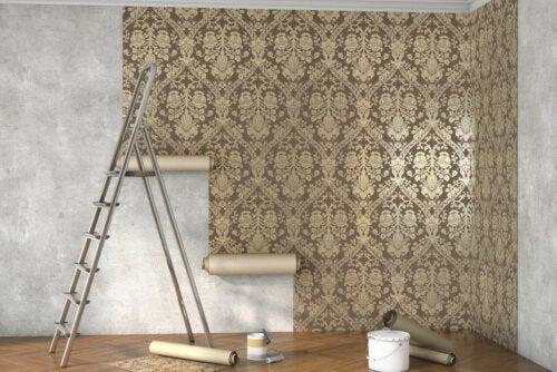 6 trucos para limpiar paredes empapeladas