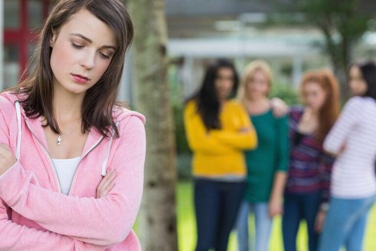 Presión social: causas y consejos para enfrentarla