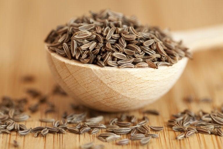 Semillas de alcaravea: propiedades y beneficios para la salud