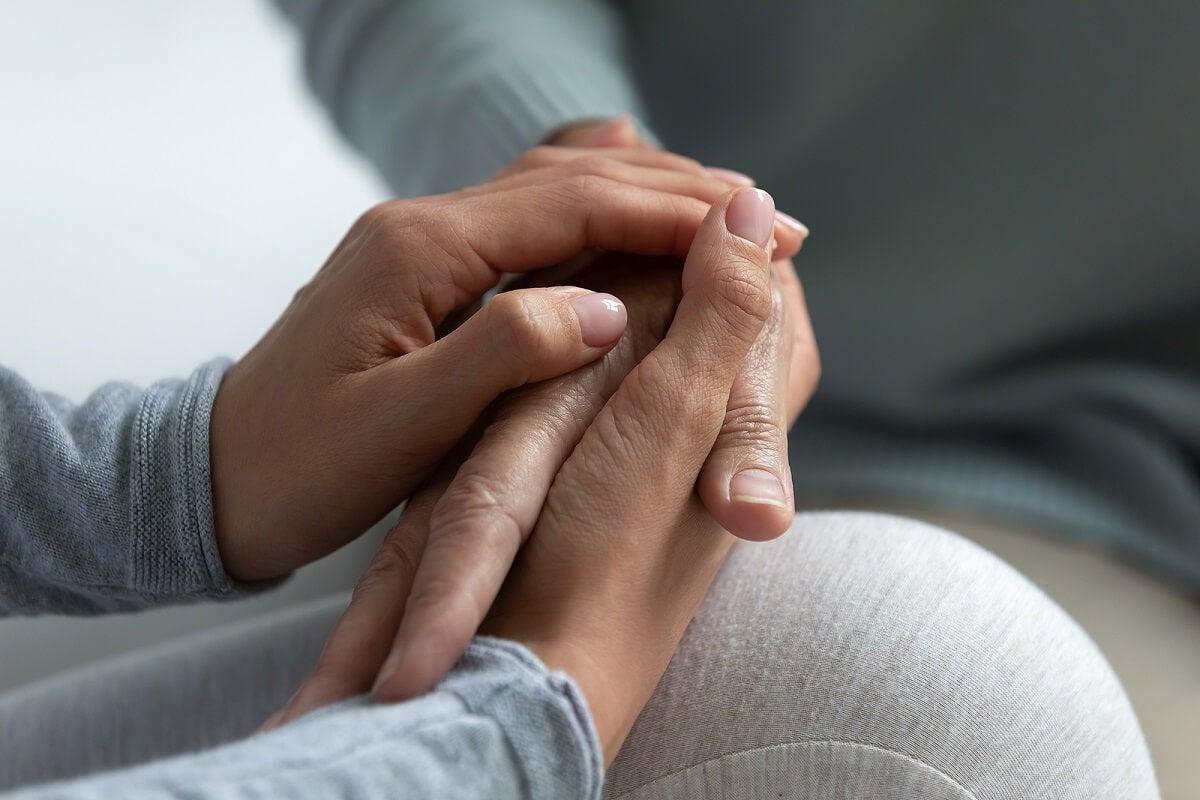 ¿Cómo ayudar a una persona diagnosticada con una enfermedad rara?
