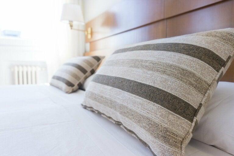 11 ideas para decorar el cabecero de tu cama