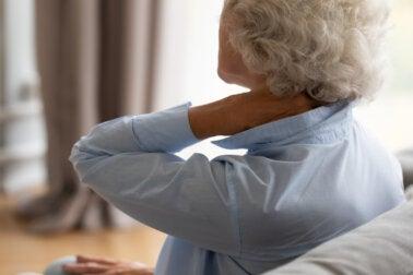 ¿Qué causa la inflamación crónica y cómo se puede controlar?