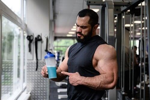 Bebidas deportivas: tipos, funciones y recetas