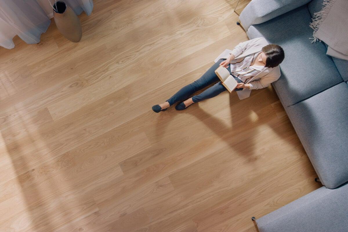 Piso de madera en casa: ventajas y desventajas