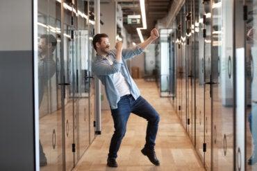 4 maneras de agregar más movimiento a tu rutina