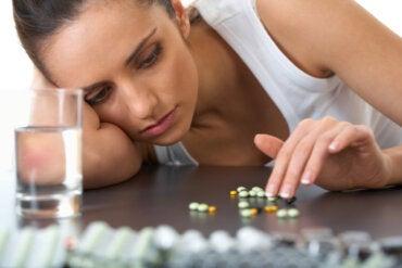 Tolerancia, dependencia y adicción a los medicamentos, ¿por qué ocurre?