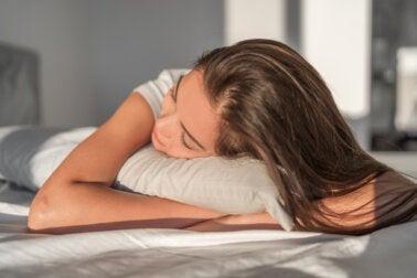 Beneficios de la seda y del cobre en las fundas de las almohadas