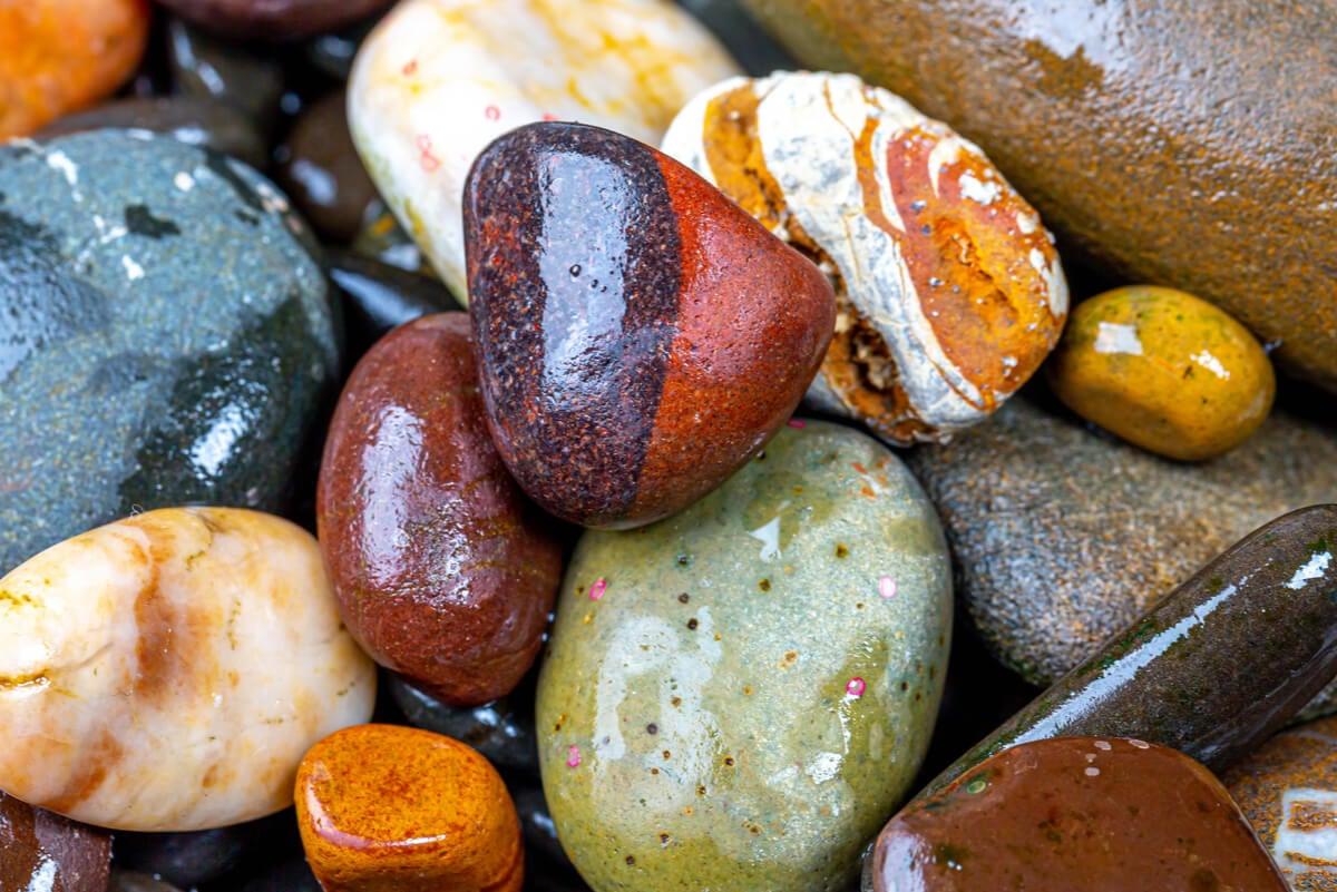 Piedras decorativas para el posavasos.