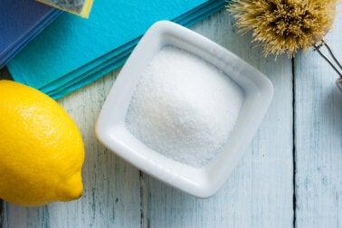 ¿Cómo usar ácido cítrico en la limpieza del hogar?