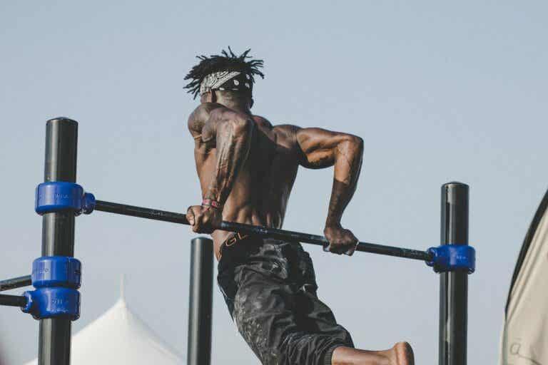 Tipos de agarre de barra y su efecto en el entrenamiento