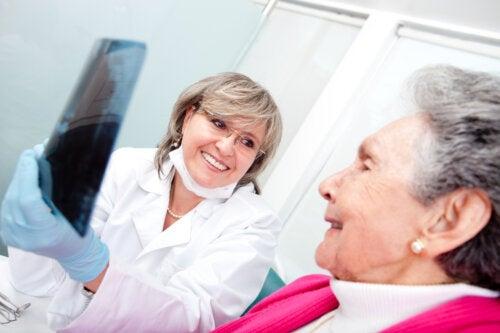 Ortodoncia en adultos mayores: ¿cuándo se recomienda?
