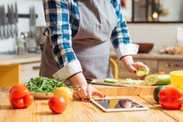 8 razones por las que deberíamos aprender a cocinar