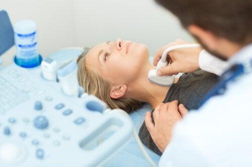 Biopsia de tiroides: todo lo que debes saber