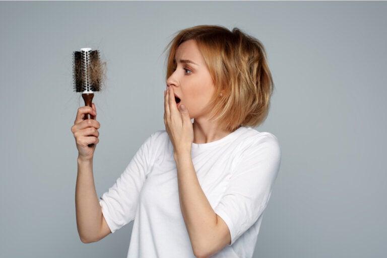 Cómo lidiar con la pérdida de cabello durante la lactancia