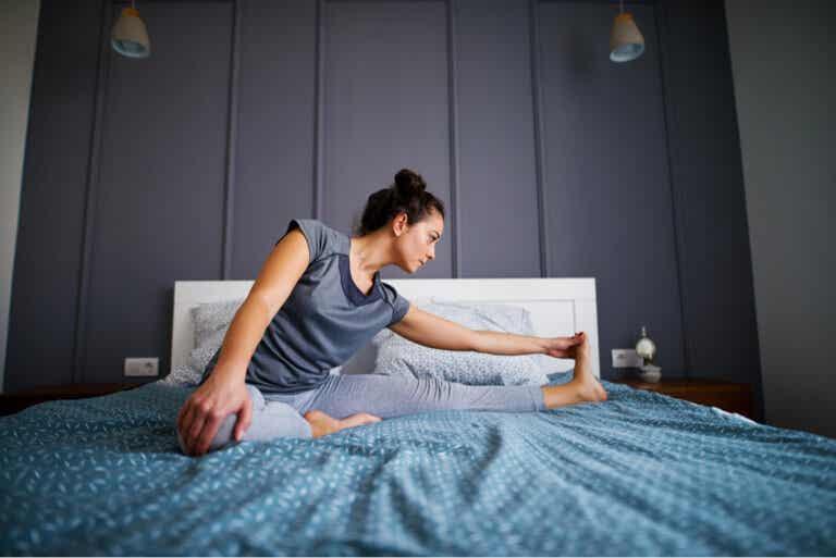 5 estiramientos que puedes hacer antes de acostarte