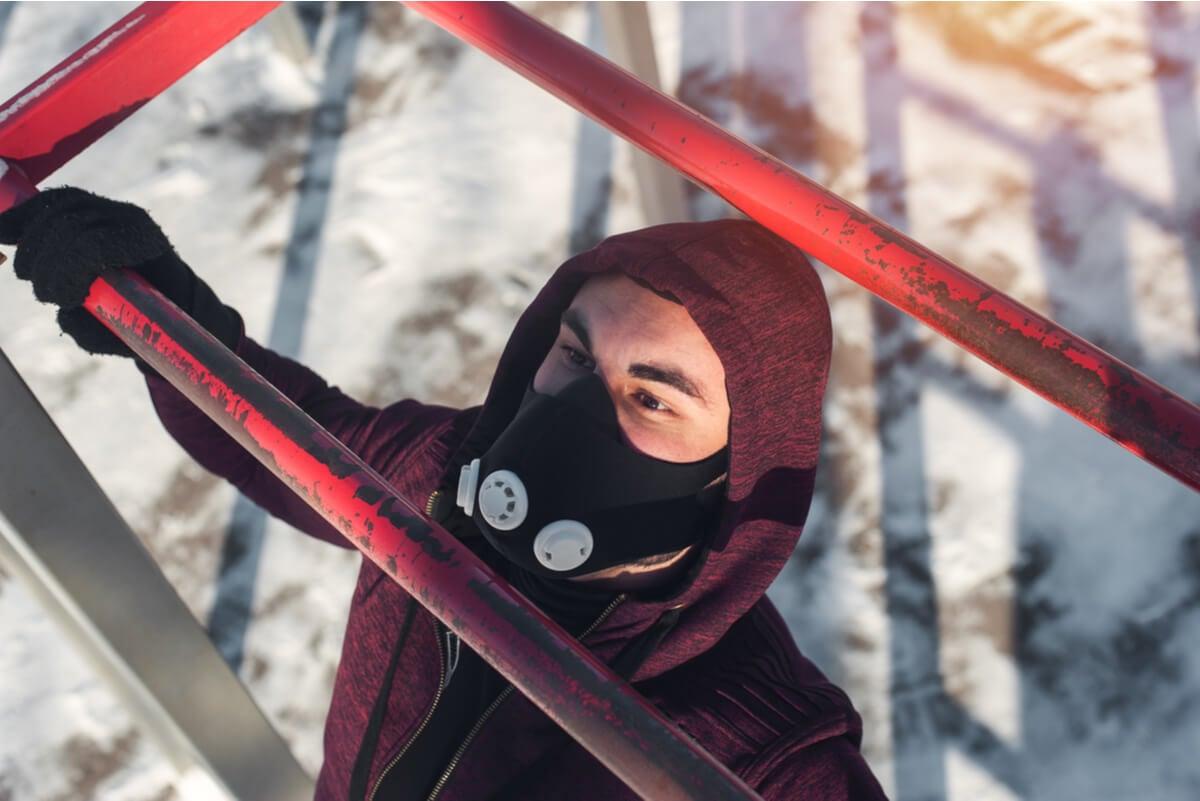 Máscara de altitud para entrenar.