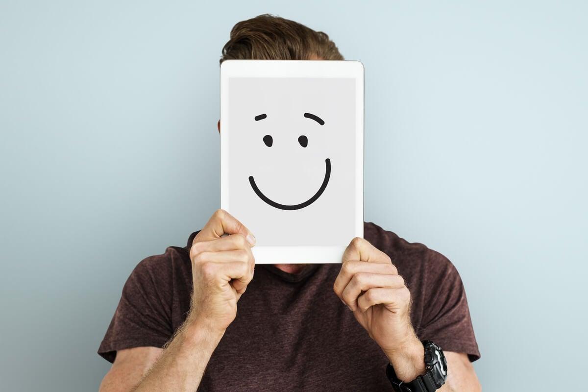 ¿Qué es la positividad tóxica y cómo evitarla?