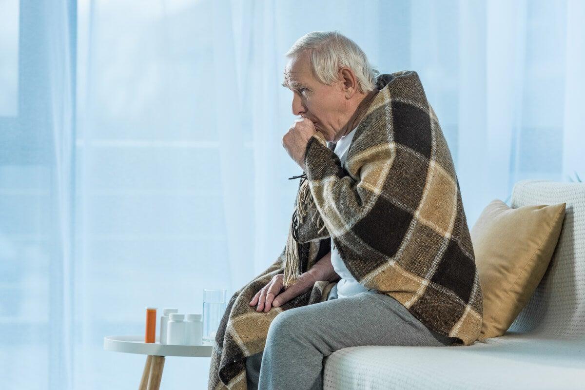 Gripe en un adulto mayor.