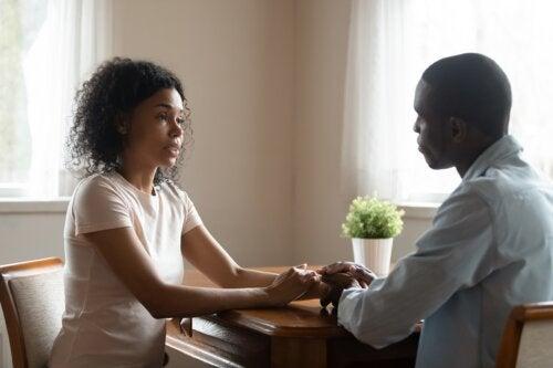 4 consejos para hablar con honestidad y empatía