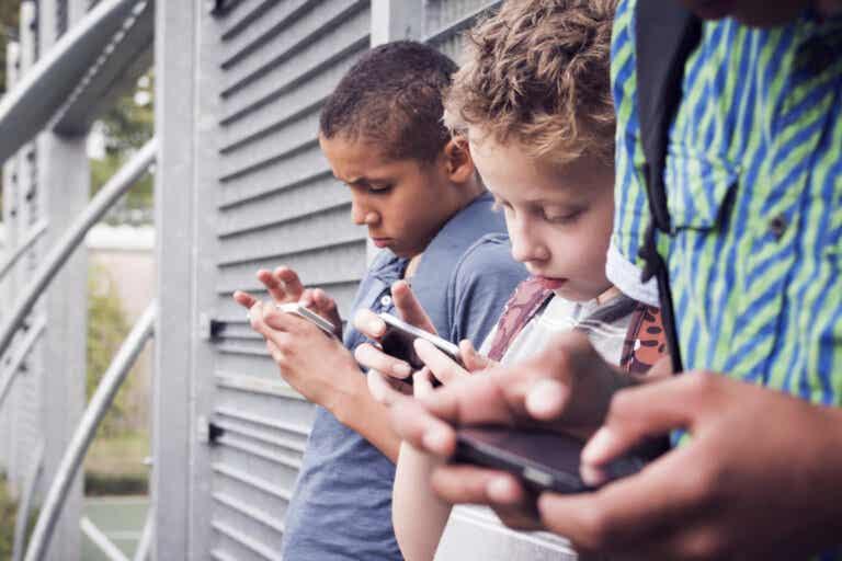 Adicción a las redes sociales: ¿qué efecto puede tener en la vida?