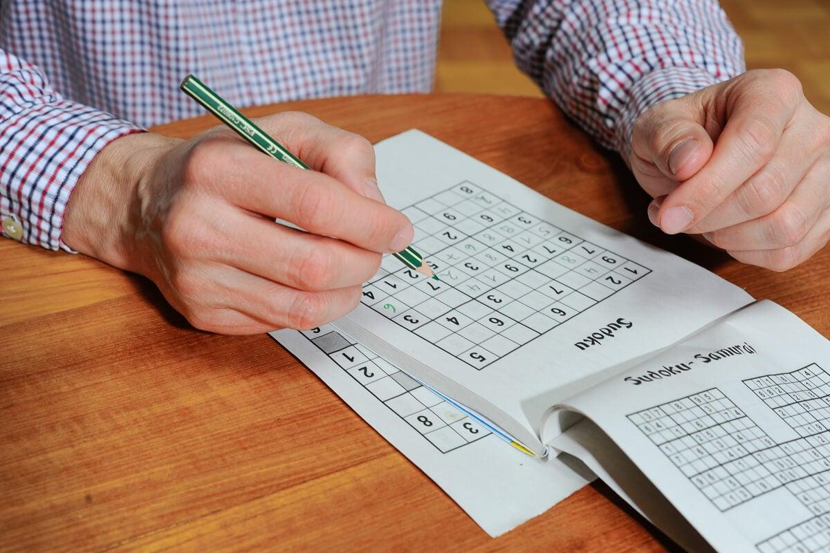 Beneficios del sudoku en el cerebro, según la ciencia - Mejor con Salud