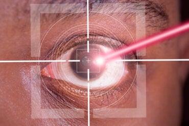 Cirugía de láser ocular LASIK: ventajas y desventajas
