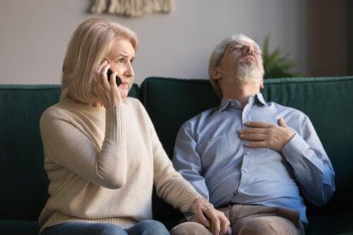 Accidentes y primeros auxilios en adultos mayores