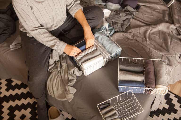 6 cosas de tu armario que deberías tirar ahora mismo