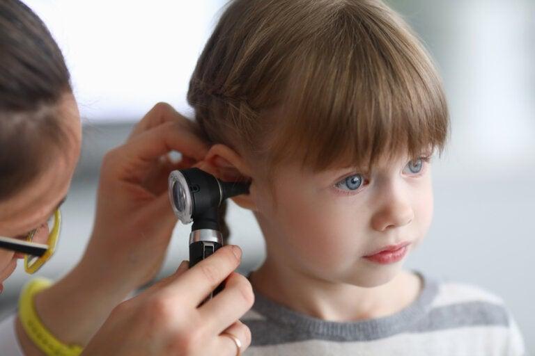 Otoscopia: preparación y posibles complicaciones