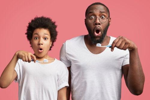 Adultos con dientes de leche: ¿cuándo puede ocurrir?