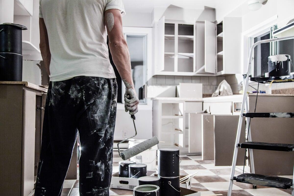Remodelar la casa completa.