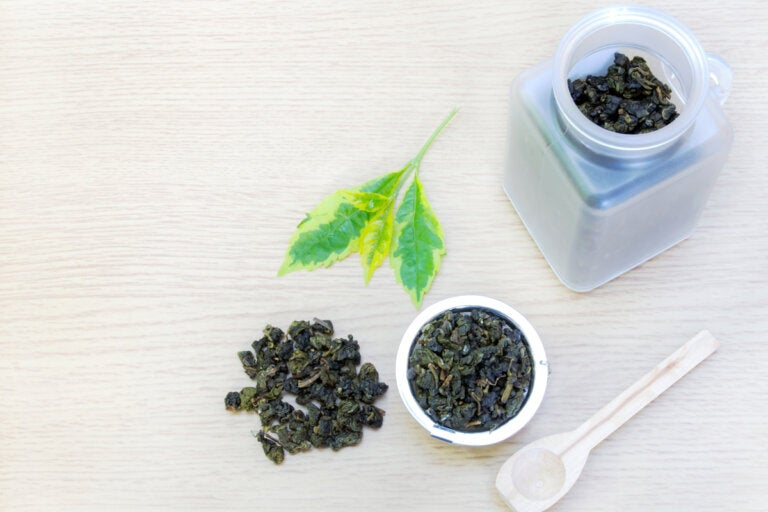 Nuevo estudio explica las propiedades antihipertensivas del té verde y el té negro